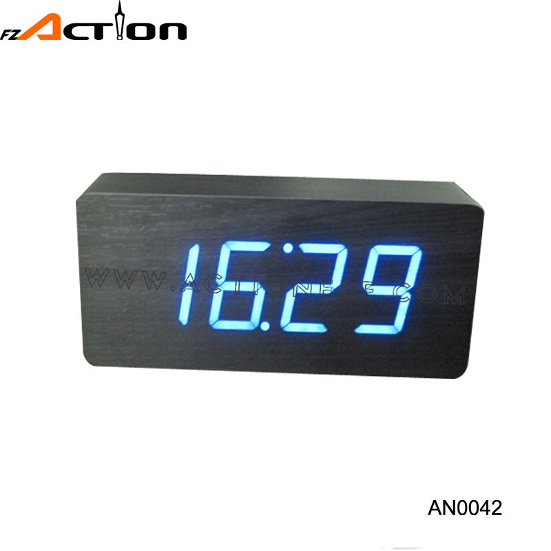 Fashionable Design High Resolution Highest 2 Level Wood Alarm Clock Led Light