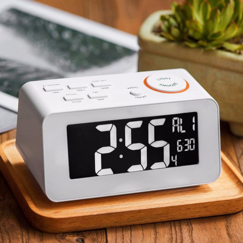 Radio Clock With USB for Phone Charging